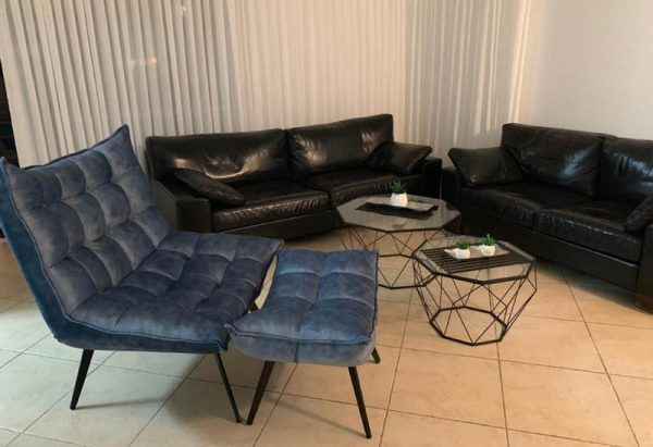 כורסא כולל הדום דגם וופלה