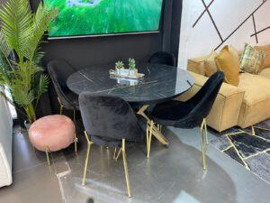 פינת אוכל דגם סטאר כולל 4 כסאות